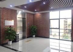 布吉丹竹头地铁创意园楼上带装修写字楼出租,大小面积都有