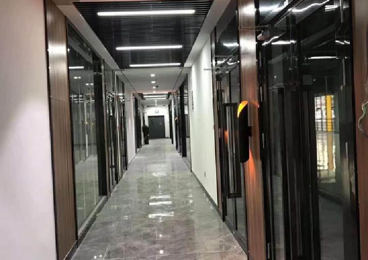 坂田天虹空出独门独院办公室11100平。图片3