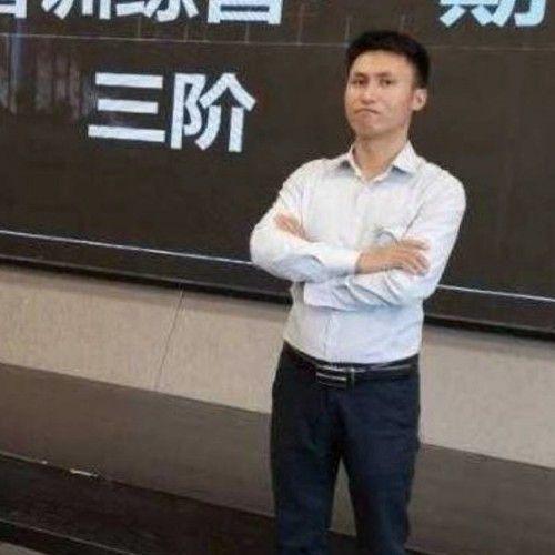 厂房经纪人蒙兴林