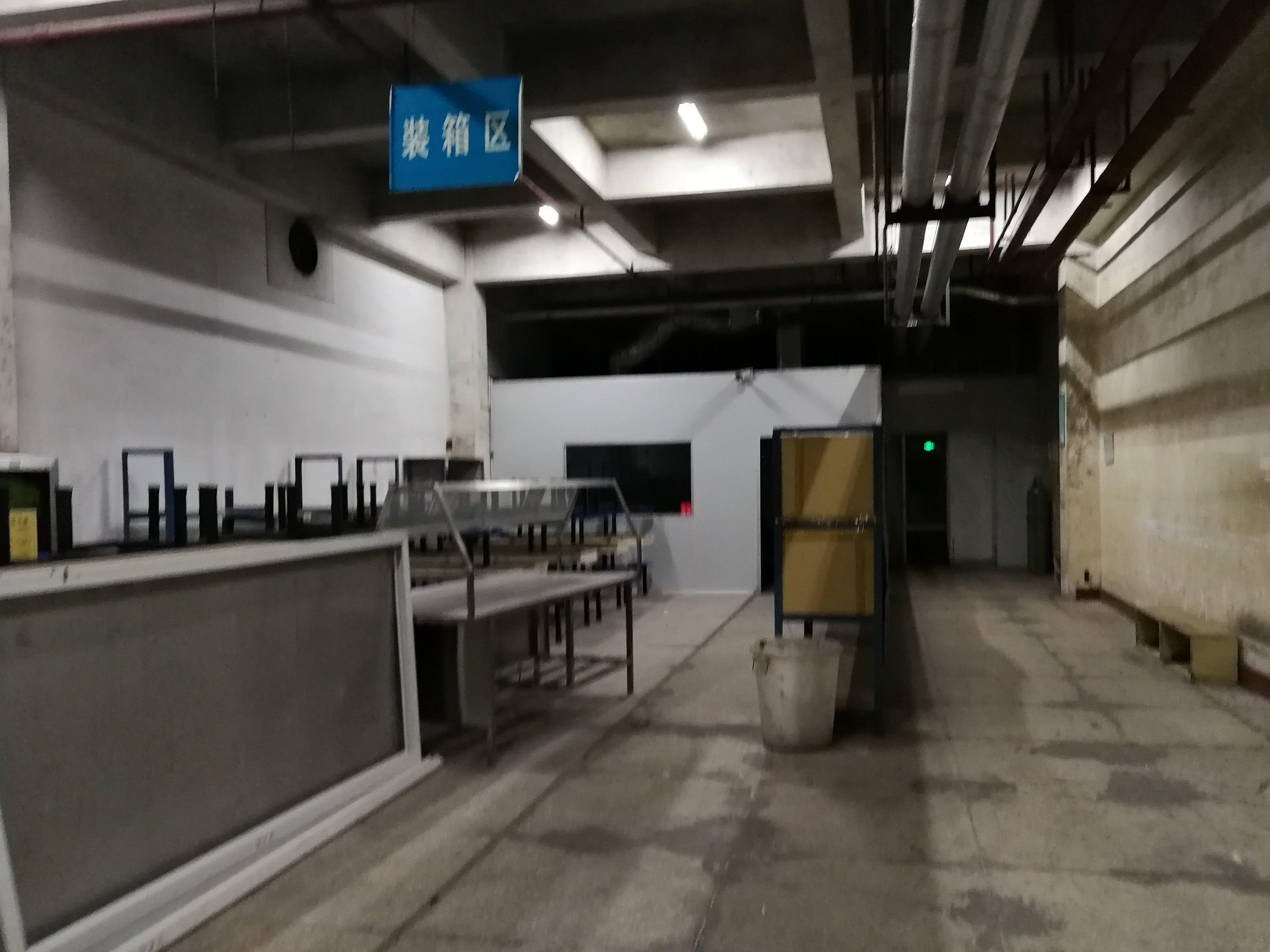 科技园一楼1100平仓库厂房特价招租