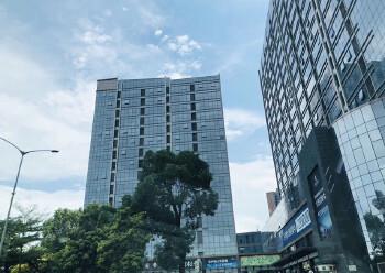 龙华清湖地铁口288平办公室出租图片1
