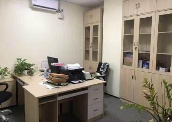 观澜新出豪华装修办公室530平,园区环境优美,停车位充足图片4