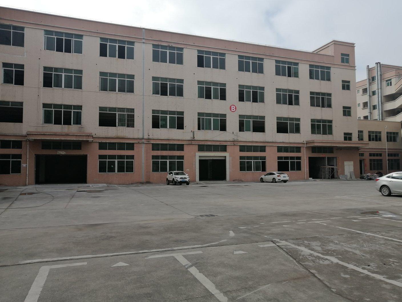 平湖华南城附近食品工业园厂房仓库3300平米出租使用率高空地