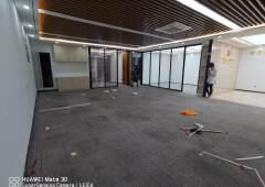 横岗地铁站精装荣德国际办公司245平