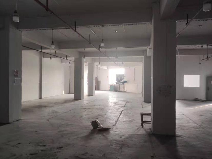 白云区黄石街道江夏村三楼830方厂房出租