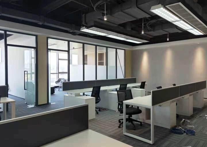 黄埔科学城地铁口全新写字楼19楼238平精装4+1格局图片4