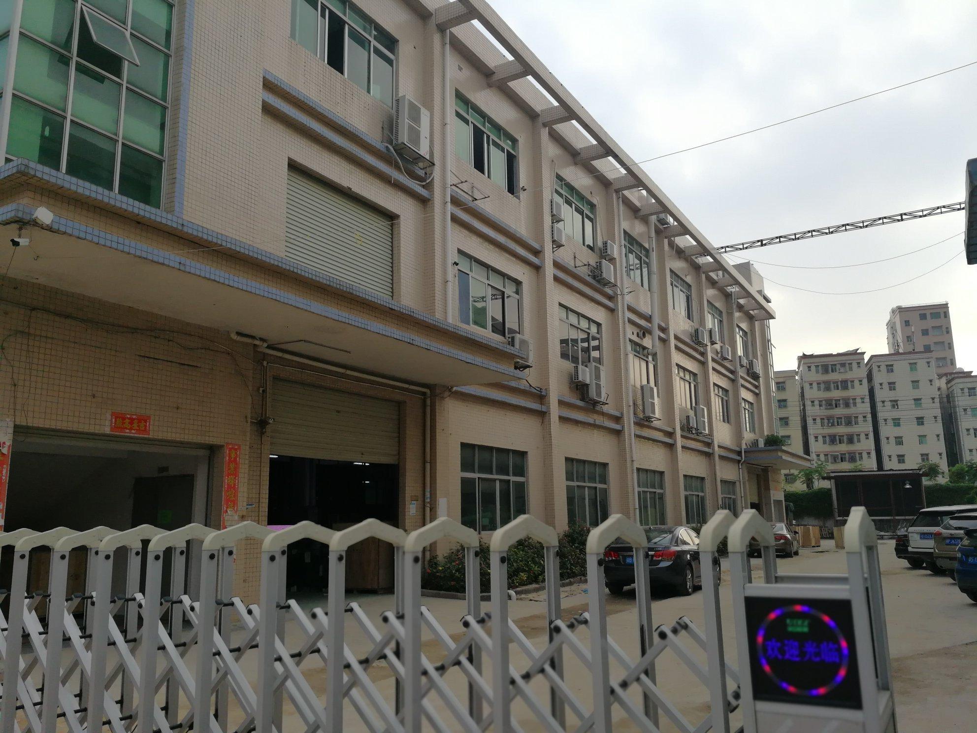 公明原房东厂房1-3层独门独院6800平方出租