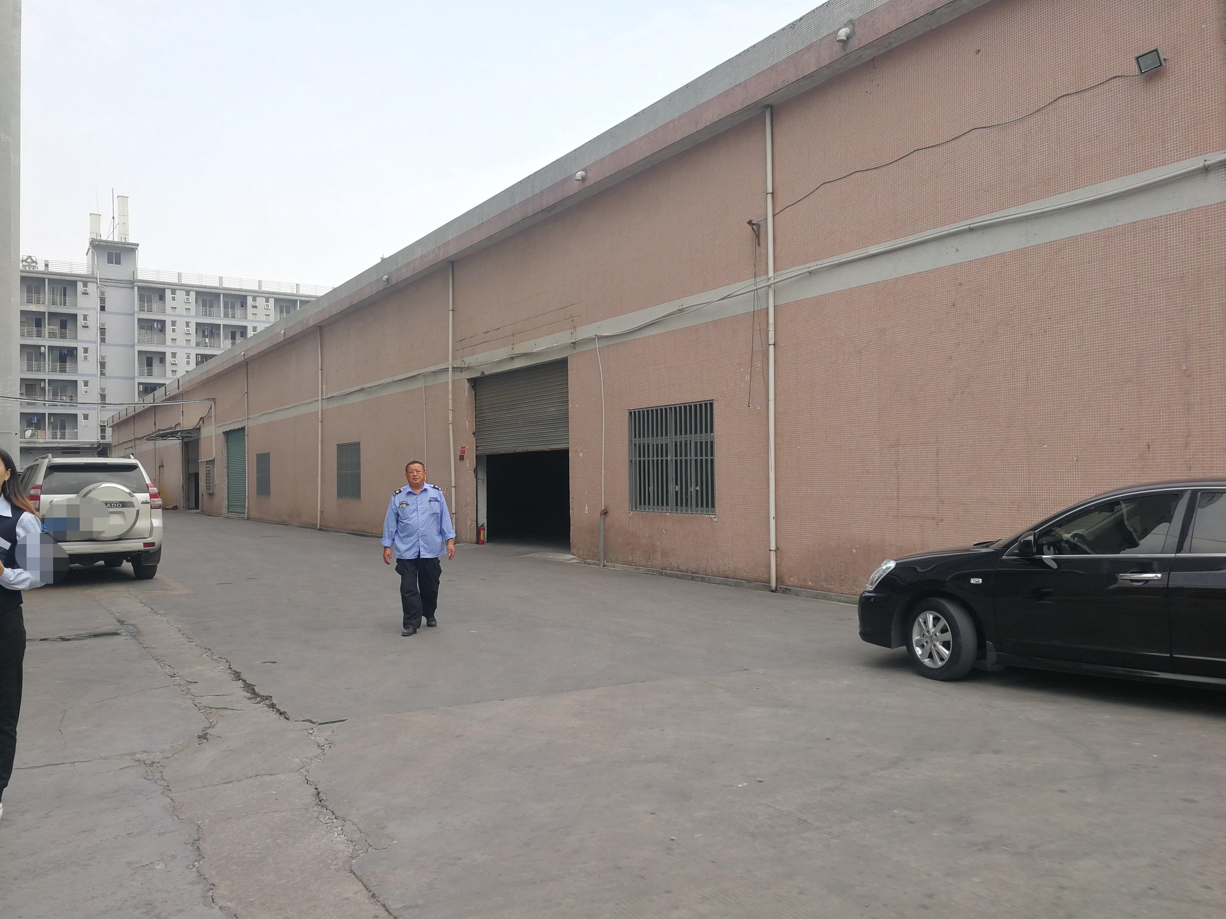 东城环城路边新出单一层独院1100平方,适合做仓库