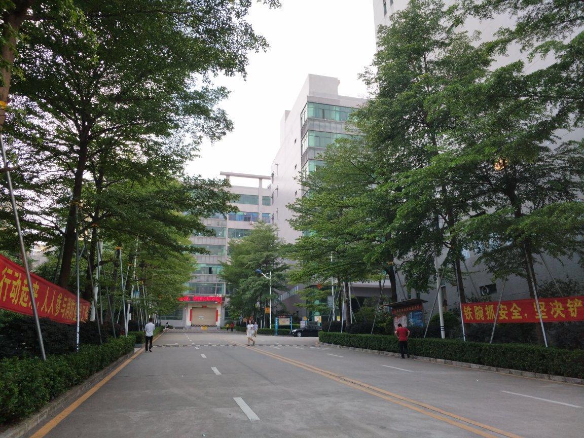 宝安石岩原房东红本厂房2630平方,可以办环评,无分摊面积