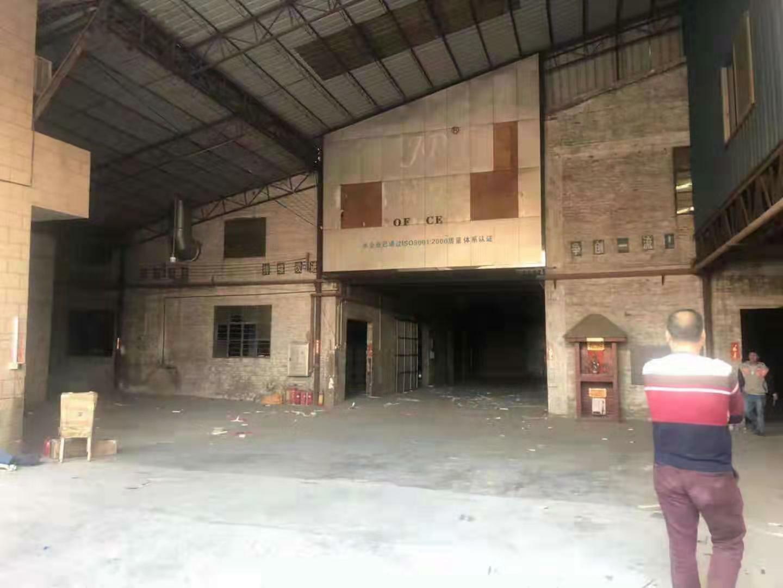个人厂房出租。厂房适合做物流仓。
