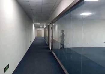 公明上村精装修办公室230平出租,交通便利,好停车图片4