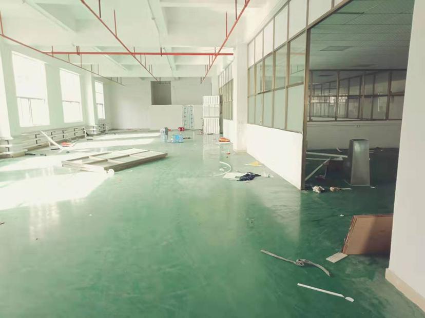 长安锦厦新出二楼1480平,带精装修厂房