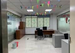 龙华民治地铁口楼上精装修写字楼2200平米出租
