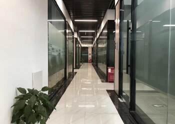 龙华元芬地铁口,小面积办公室图片1