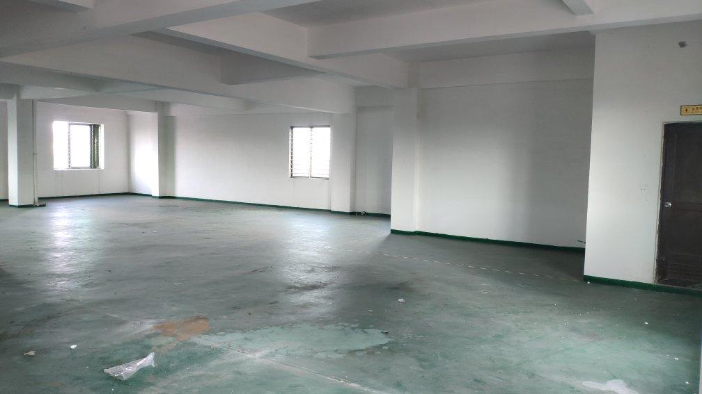 沙田镇西太隆管理区新出标准厂房面积1100平方,租金14元