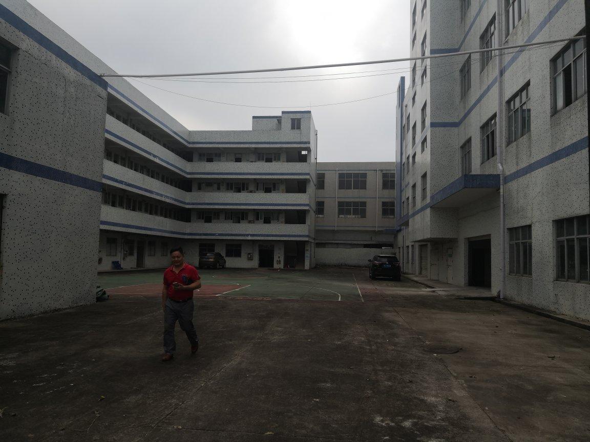 坪山坑梓村委独院厂房9500平米实际面积出租