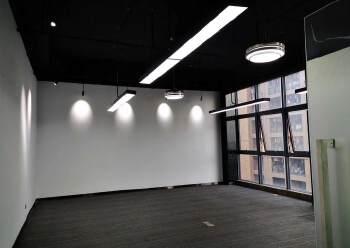 观澜高新产业园楼上精装修办公室大小面积分租图片3