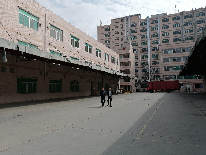 平湖华南城附近独院厂房仓库4500平米出租可分租