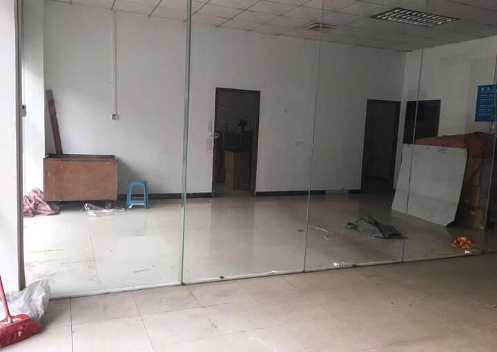 天河区黄村地铁口边上153平办公厂房出租图片2