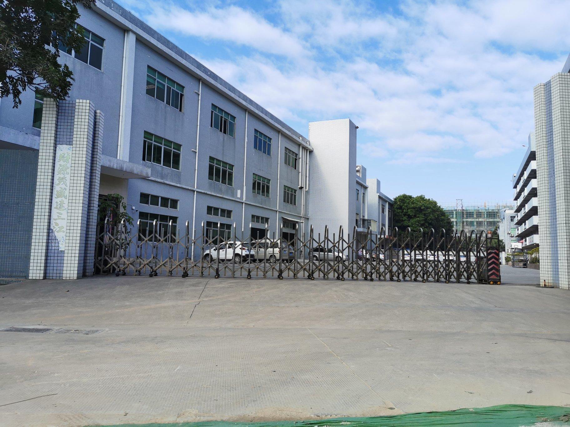企石镇实业工厂分租一楼1650平方带现成的办公室装修