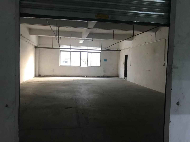 南城二楼小面积仓库150平方租16元可进出货柜车带电梯