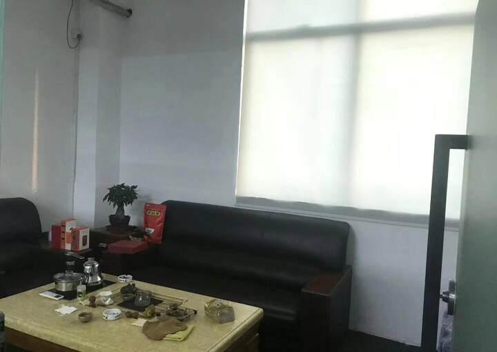 坂田杨美地铁400米带家具 新空出75㎡(1+1格局)图片2