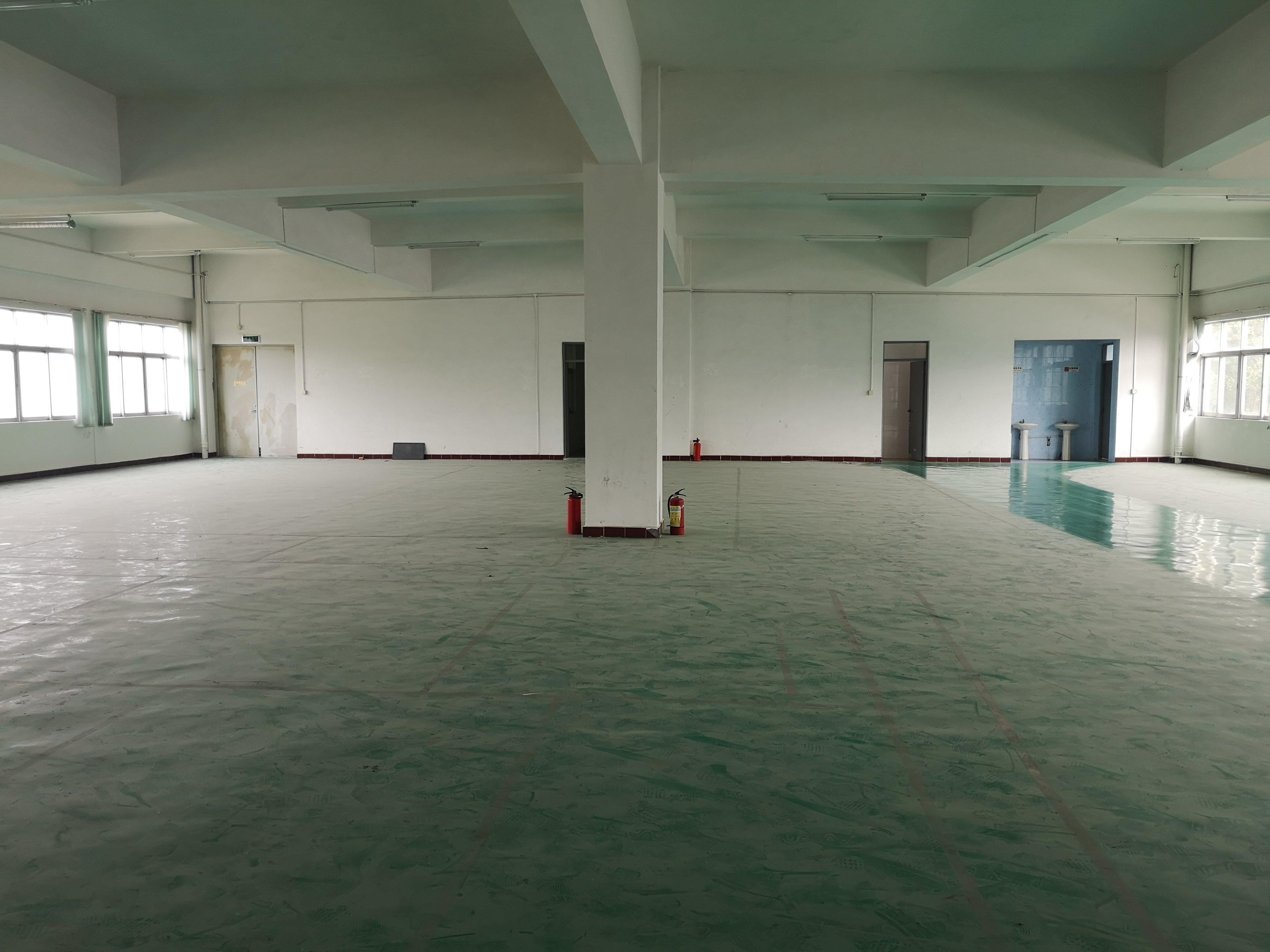 渔梁围村新出村委厂房楼上500平带装修,可做电池-图2