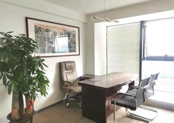 深圳市龙华清湖地铁口甲级写字楼245平方图片5