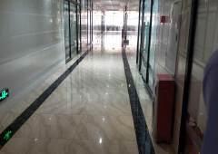番禺区钟汉路标准写字楼出租全新装修。