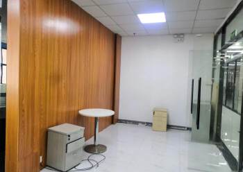 龙华深圳北民治地铁站1970科技小镇新出360平精装修办公室图片4