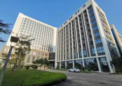 龙华大浪商业中心附近龙泉大厦6-8楼共6000平精装修出租