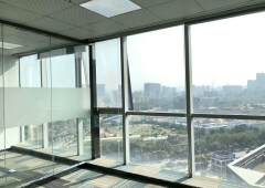 观澜清湖地铁口精装修写字楼231平方3+1格局