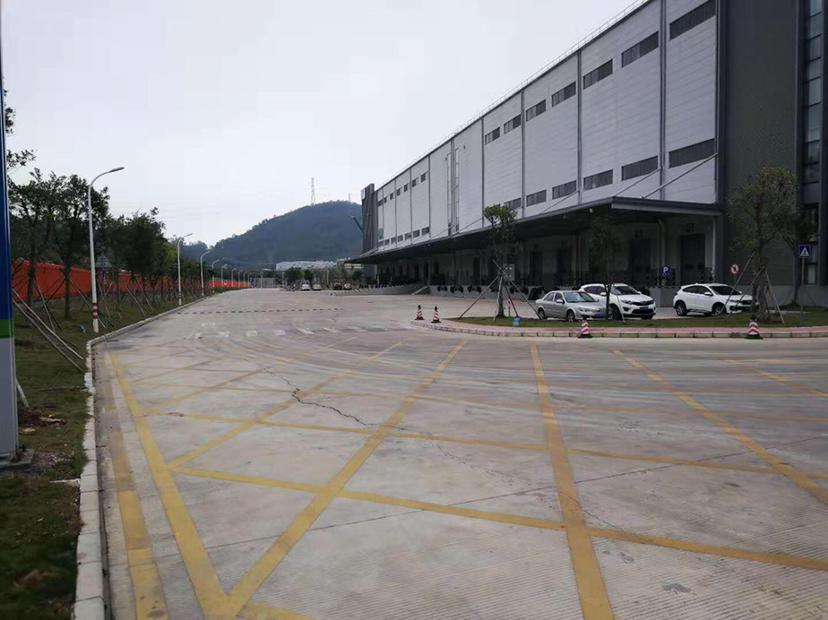 东莞清溪3万平方电商物流仓库有消防批文有卸货平台
