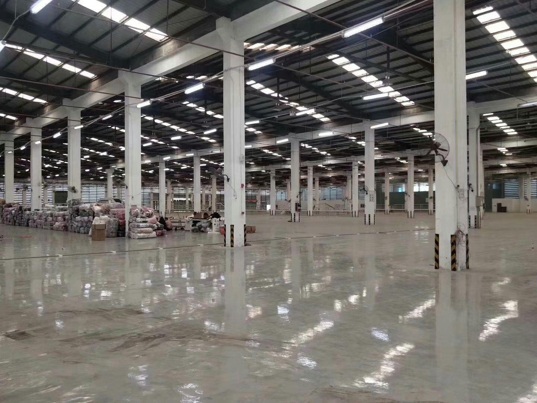 独院单一层标准仓库1.2万平方滴水高11米带卸货平台有行车