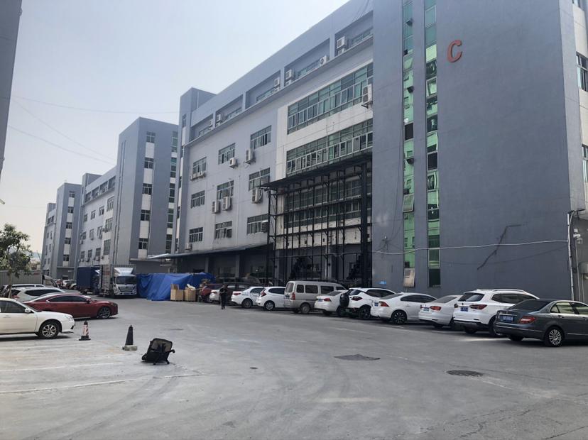西丽原房东600平米厂房租金33元使用率高