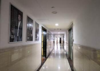 精装办公室80平米免费停车即租即用图片4