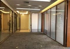 横岗永湖地铁口精装修办公室188平【特价50一平】