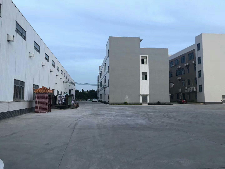 东坑主干道旁单一层仓库1.5万平方招租可分租