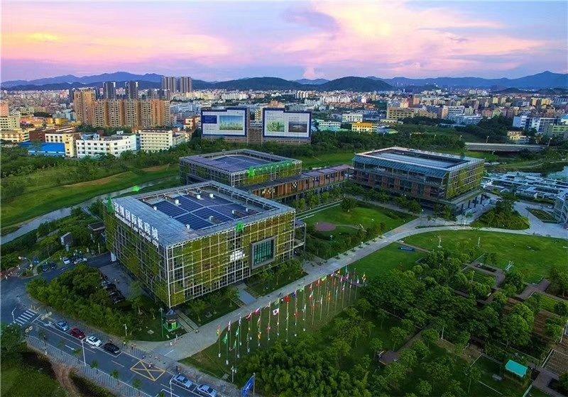 深圳市宝安区全新商业大楼出售
