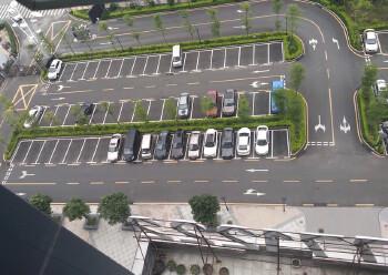 福永凤凰甲级写字楼,落地窗采光,使用率高,舒适办公图片1