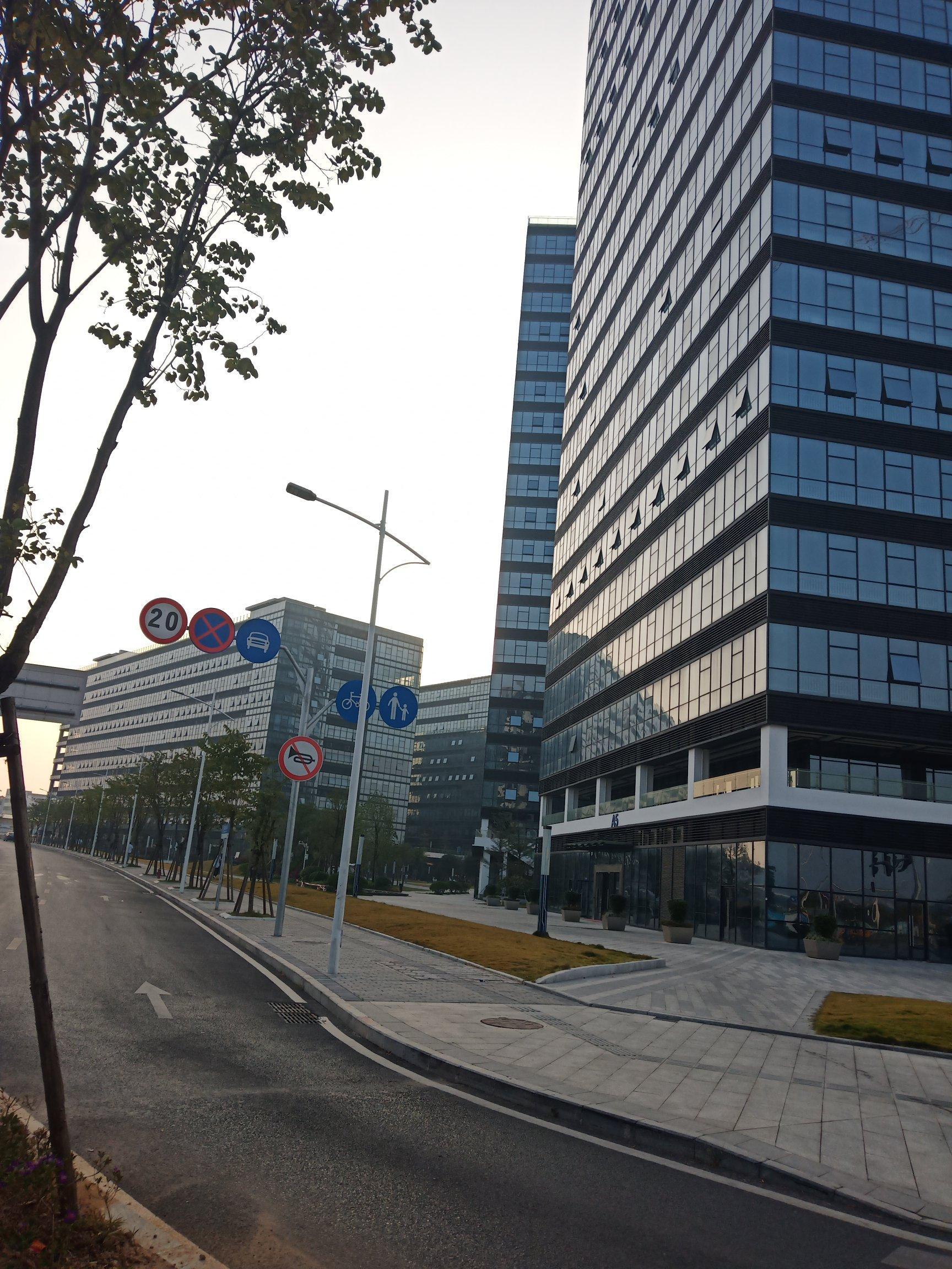 东莞可办公厂房出售