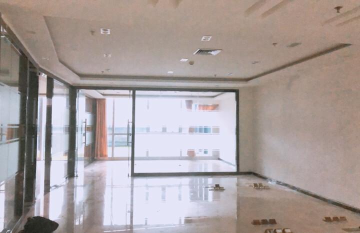 福永凤凰甲级写字楼,落地窗采光,使用率高,舒适办公图片5