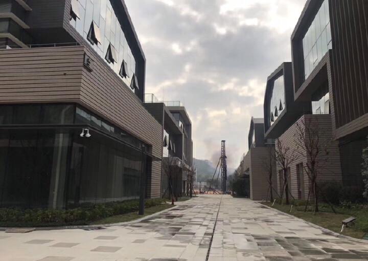 东莞厚街一手独栋花园办公楼出售,可办公、研发、生产使用。图片8