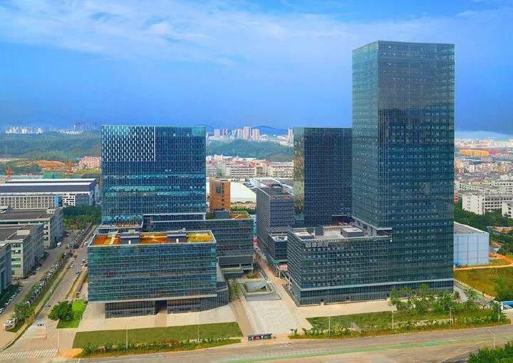 龙岗天安数码城甲级写字楼380平米出租。图片1