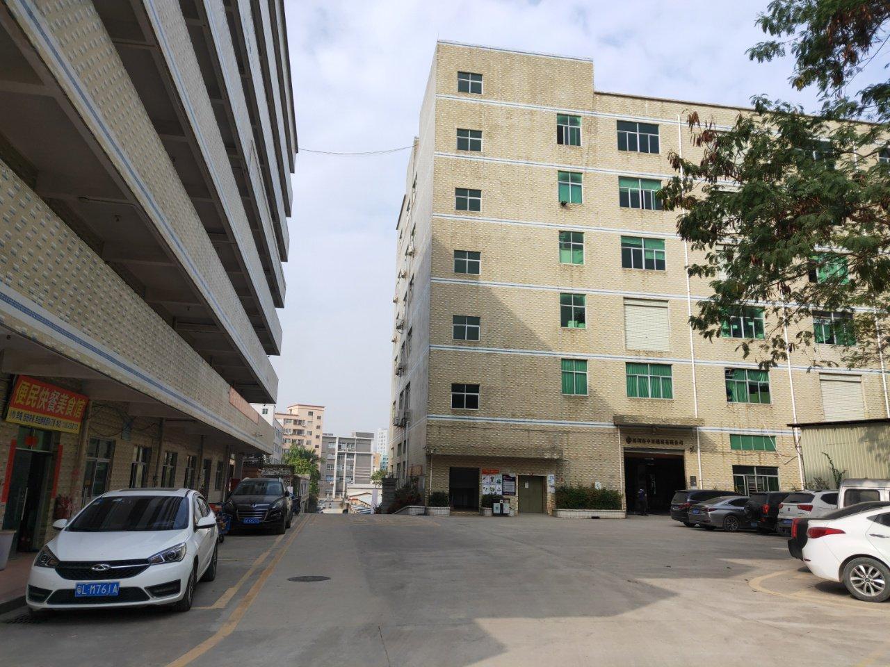 龙华新区大浪商业中心旁边新出一楼精装厂房仓库1200平,