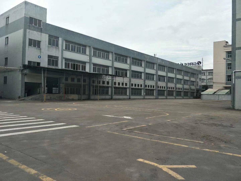 道滘镇分租标准厂房二楼4100平报价13元超大空地交通方便