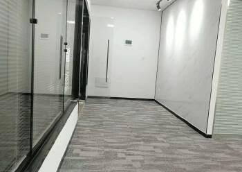 清湖地铁口附近办公室155平2+1格局豪华装修图片2