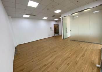 龙岗珠江广场精装修3+1户型办公室!有红本!电梯口户型图片4