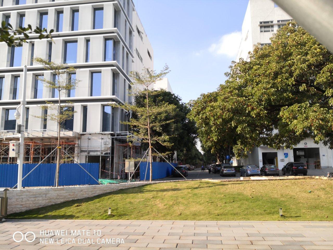 西丽白芒•花园式园区1楼1700平•卸货平台•空地大