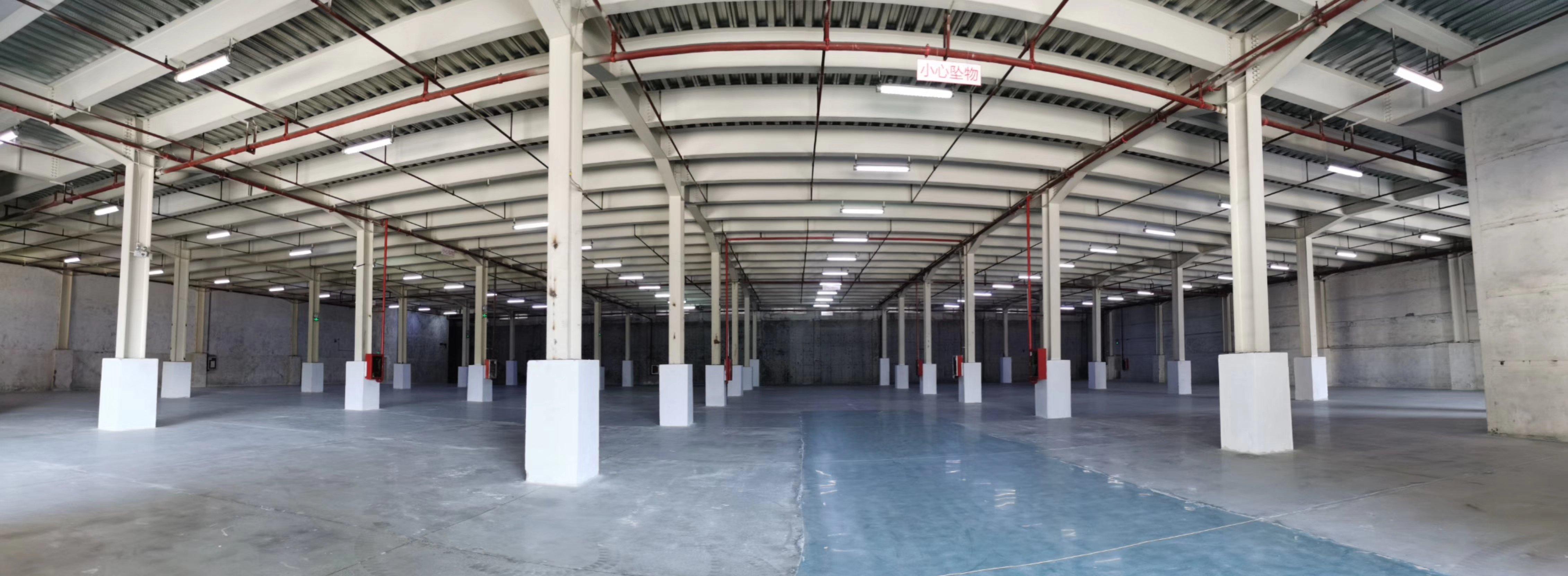 深圳横岗高标仓7000平方招租,有货台,消防喷淋,可以分租